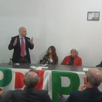 """- Brusciano: Nuova sede del Partito Democratico con l'installazione di una """"Cassetta Rossa"""" per le segnalazioni dei Cittadini. (Scritto da Antonio Castaldo)"""