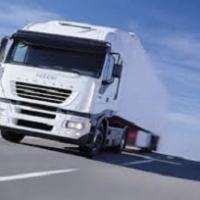 Tir e auto: dal 2022 nuove norme UE sulla sicurezza