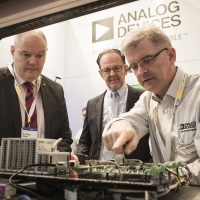 Analog Devices, in occasione della tavola rotonda con i funzionari del Dipartimento del Commercio degli Stati Uniti, ha sollecitato USA e UE a ridurre le barriere al commercio high-tech