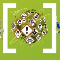 Una mostra di manifesti contro le sostanze pericolose
