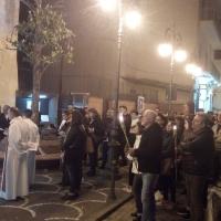 Mariglianella Grandiosa Via Crucis promossa dalla Comunità Parrocchiale di San Giovanni Evangelista con il Parroco Don Ginetto De Simone.