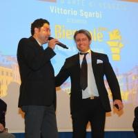 Grande successo per la mostra Pro Biennale di Vittorio Sgarbi inaugurata a Venezia con tanti amici vip e talentuosi artisti internazionali