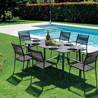 Tavolo Capalbio e sedia Capraia di Greenwood. La sala da pranzo semplice e resistente