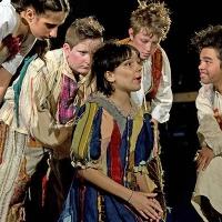 La Libera Accademia del Teatro sul palco con trentacinque spettacoli