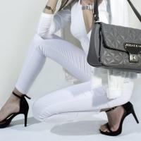 Shop online abbigliamento: quello che non trovi da Amazon