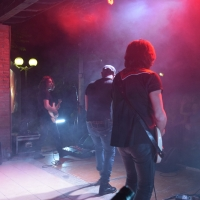 Ottava edizione del Rocktoberfest di Vizzolo Predabissi (Milano): prima settimana da urlo. Al concerto di Maurizio Solieri, storico chitarrista di Vasco Rossi, accorrono oltre 3mila persone