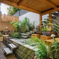 Come creare un piccolo giardino fiorito sul terrazzo