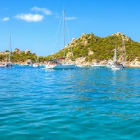 Una vacanza in barca all'Arcipelago della Maddalena in Sardegna