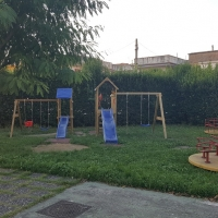 -Mariglianella: Iniziati i lavori di manutenzione alla Scuola dell'Infanzia che a settembre si presenterà più bella, accogliente e sicura.