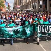 Il Sudafrica alza la sua voce contro la violenza su donne e bambini