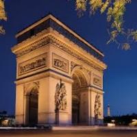 Paris Region ricompensa la distribuzione italiana a Napoli
