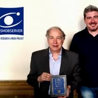 L'astronomo Walter Ferreri dona delle pubblicazioni al Centro di Documentazione e Divulgazione di COSMOBSERVER