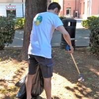 Teniamo pulito il Parco Falcone cercando di dare un buon esempio