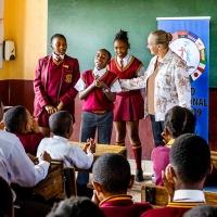 Un tour di 80.000 km attorno al mondo per aumentare la consapevolezza sui Diritti Umani