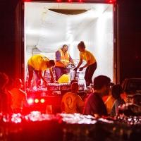 I Ministri Volontari di Scientology aiutano le famiglie colpite dall'uragano Michael