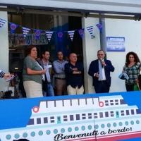 Mariglianella Festa dell'Accoglienza alla storica Scuola Elementare con docenti, alunni e genitori ed il saluto del Sindaco Felice Di Maiolo.
