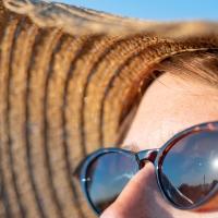L'eredità (sgradita) dell'estate: macchie ed imperfezioni. Come eliminarle?