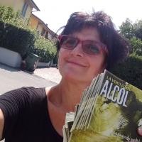 I volontari di Scientology informano i cittadini sugli effetti delle droghe