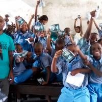Un ingegnere Nigeriano fa conoscere ai giovani della sua nazione la Verità sulla Droga
