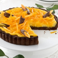 Crostata al cioccolato con arance