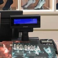 Distribuzione di opuscoli informativi sulla droga a Fano