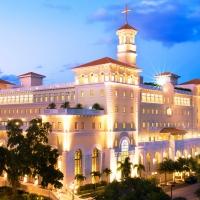 Il sermone settimanale nella Chiesa di Scientology bresciana