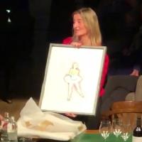 L'artista delle donne Matteo Fieno omaggia Belen Frau, amministratore delegato di Ikea Italia