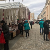 Senigallia: prevenzione alla droga  al mercato