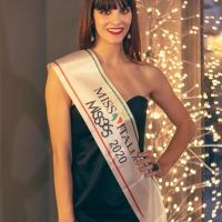 E' Beatrice Scolletta la Miss Italia prima eletta. Proclamata in Tv, nel corso della trasmissione a Potenza di Rai Uno