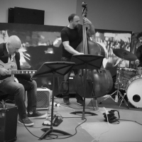 Three Dimensional Jazz Trio in concerto al Mr Songs