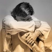 """""""Telemaco prigioniero"""" di Eros Salonia, un inno all'amore contro la guerra e gli stereotipi di genere. Manifesto erudito di una nuova rielaborazione della tragedia greca."""