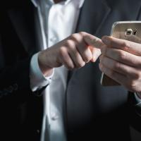 Abbonamenti indesiderati? Ora puoi disattivarli con un sms.