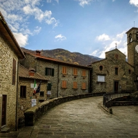 Aneddoti e ricordi per vivere il borgo di Raggiolo ai tempi del Coronavirus