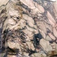 Il marmo dai 1000 volti: arte della natura
