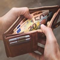Emergenza Covid: il 15% delle famiglie liguri ha perso oltre la metà del reddito