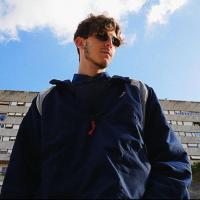 NELLE TUE GAMBE  fuori il video del nuovo singolo di  DISCONNESSO