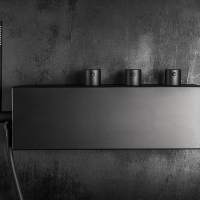 Artis presenta Q-Box. Il sistema-doccia dal design innovativo