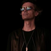 """MATTEO ROVATTI:  """"SOTTOSOPRA""""  è il nuovo singolo del cantautore rock  patrocinato dal Comune di Sassuolo"""