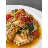 """Branzino con datterini e limone: la semplicità di una ricetta casalinga dello chef Simone Rugiati  con tutta la qualità del pesce greco firmato """"Fish from Greece"""""""