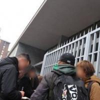A Lecce si spaccia davanti ai cancelli delle scuole superiori