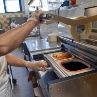 La mensa post Covid: ai centri estivi si mangia in sicurezza con la Vivenda