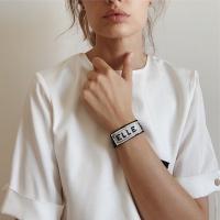 EllemenTi presenta il nuovo accessorio must have per l'estate 2020:  il bracciale personalizzabile  e ricamato a mano con le proprie iniziali