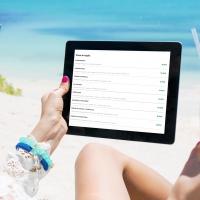 Fase 3, spiagge: cibo e bevande si ordinano via smartphone