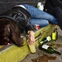 Il coma etilico, un rischio mortale sottovalutato dai giovani