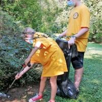 Parco Castelli - Scientology raccoglie i rifiuti abbandonati