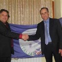 Carlo Spinelli ( IDD ) precisa: De Pierro non ha mai invitato a sparare sui napoletani