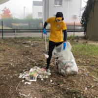 Domenica in Giallo per l'iniziativa ambientale all'Arcella   Raccolti 7 i sacchi di immondizia.