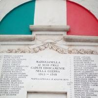 -Mariglianella, 4 Novembre 2020, Manifesto dell'Amministrazione Comunale e apposizione Corona di Alloro alla Lapide dei Caduti in Guerra.