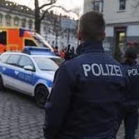 Usa spray peperoncino per far rispettare distanziamento sociale: un tedesco nei guai