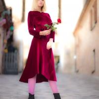 Un fiabesco borgo medievale è lo sfondo della collezione Inverno 2020 di Fabiana Gabellini